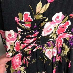 Urban Outfitters Dresses - Urban Outfitters Ecote Floral Dress Size M